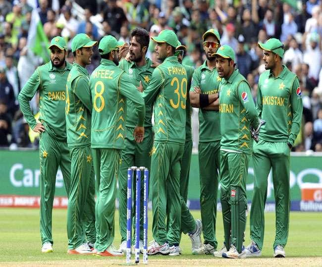 विश्वकप टीम का कप्तान बनाने के बाद अब पीसीबी ने सरफराज अहमद को दिया झटका, ठुकराया ये मांग
