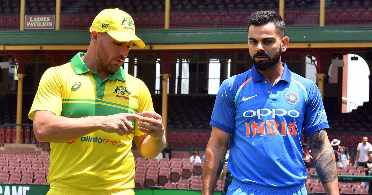 भारत दौरे पर आरोन फिंच को मिला था विराट कोहली और महेंद्र सिंह धोनी से यह खास गिफ्ट, आज तस्वीर की शेयर