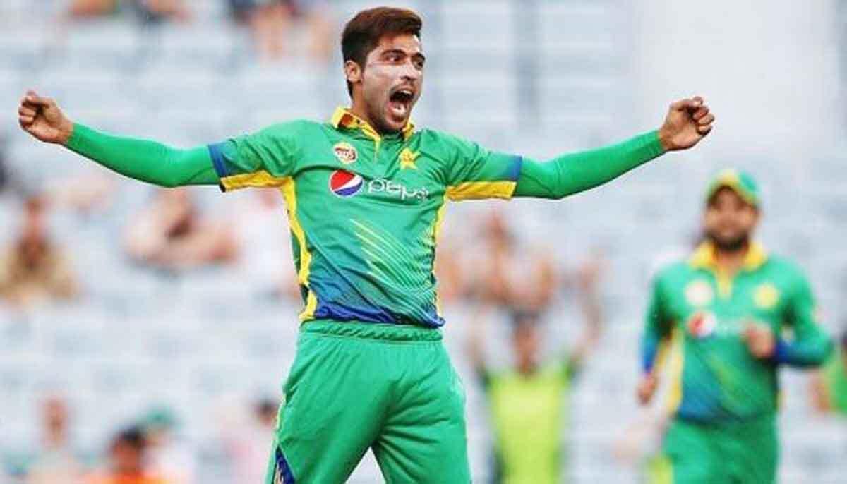 विश्व कप की टीम से बाहर किये जाने के बाद सोशल मीडिया पर भावुक हो उठे मोहम्मद आमिर, कहा…