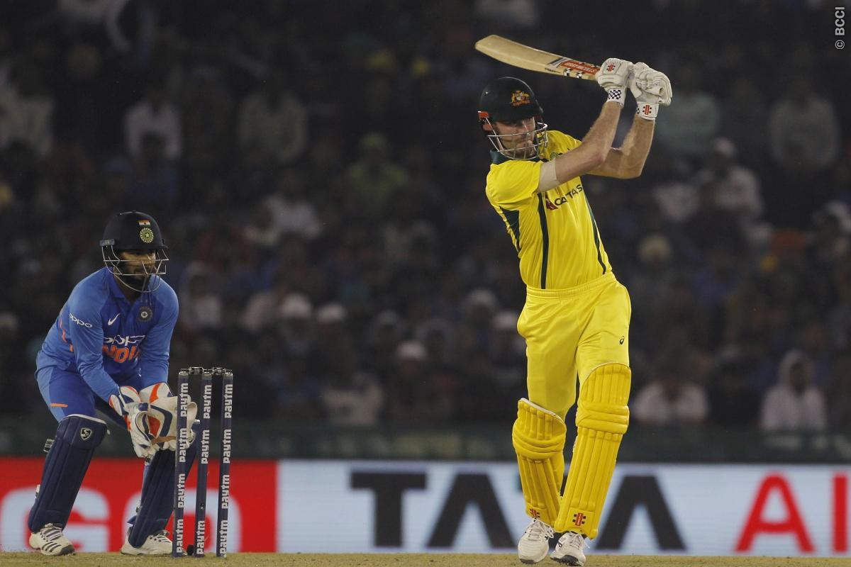 आईपीएल 2019 में एक एक रन के लिए तरस रहा हैं यह ऑस्ट्रेलियाई खिलाड़ी, भारत के खिलाफ रातोंरात बना था सुपरस्टार 2