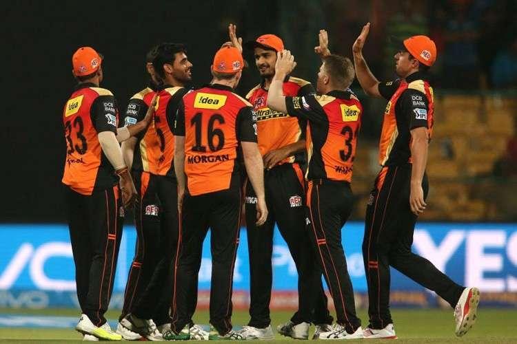 आईपीएल की ये दो टीमें पूरी तरह से विदेशी खिलाड़ियों पर निर्भर, विदेशियों के स्वदेश लौटते हो जायेंगी कमजोर 5