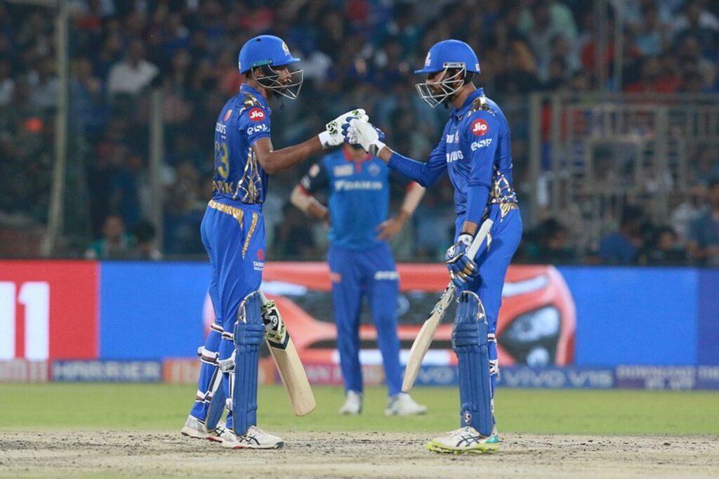 DCvsMI : हार्दिक पांड्या की तूफानी बल्लेबाजी के दम पर मुंबई ने दिल्ली को 40 रन से हराया 1