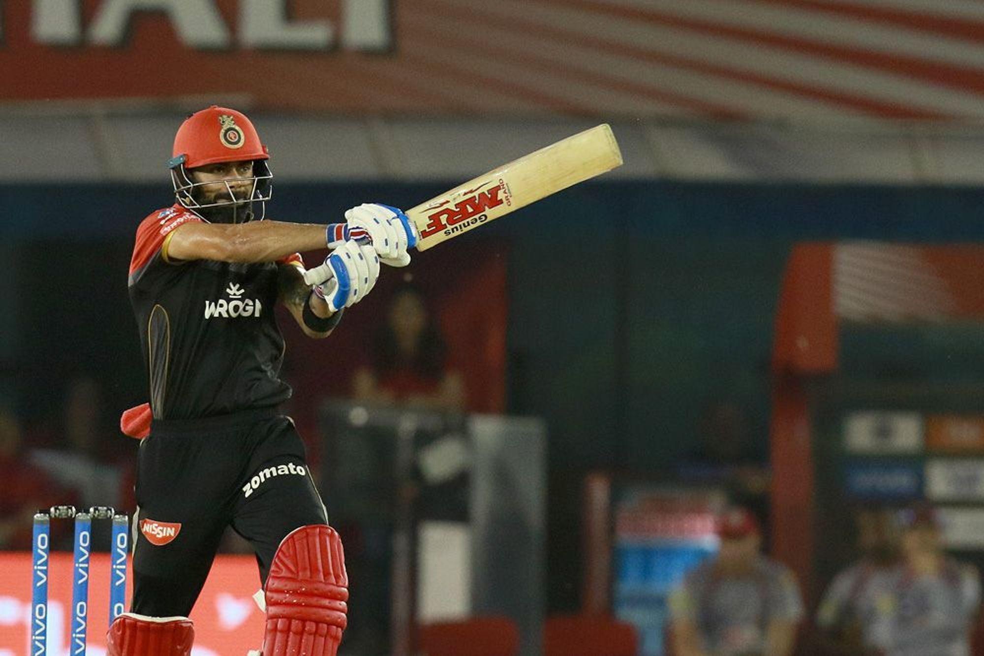 WATCH : पंजाब के खिलाफ कोहली को खेलने के मिले दो मौके, लेकिन फिर भी बना पाये मात्र 13 रन 3