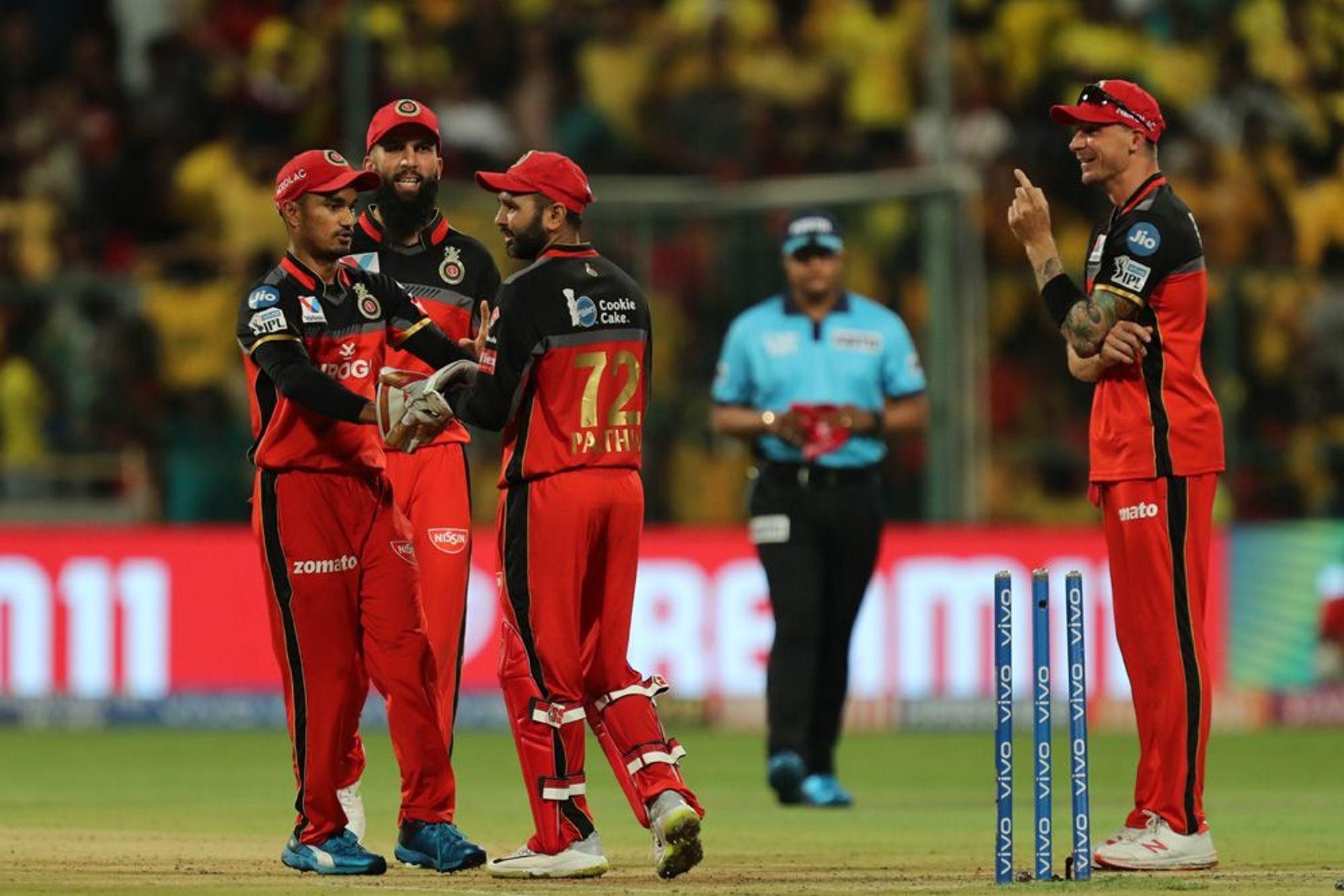 आईपीएल 2019: पार्थिव पटेल की बदौलत रोमांचक मैच में जीता बैंगलोर तो मोहम्मद सिराज ने किया कुछ ऐसा जीत लिया दिल 41