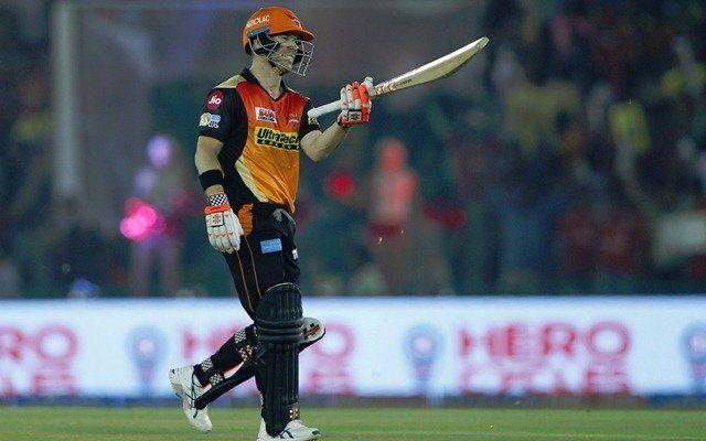 विश्व का एकलौता बल्लेबाज जिसने आईपीएल के लगातार 5 सीजन में हर बार बनाया 500 से ज्यादा रन 1