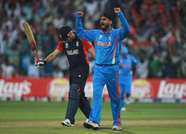 एक बार फिर भारतीय टीम से खेलने के सवाल पर हरभजन सिंह ने दिया ये हैरान करने वाला बयान