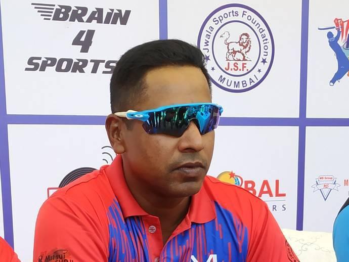 """चमिंडा वास ने कहा """"भारतीय निश्चित विश्व कप के सेमीफाइनल में पहुंचेगी"""" 17"""