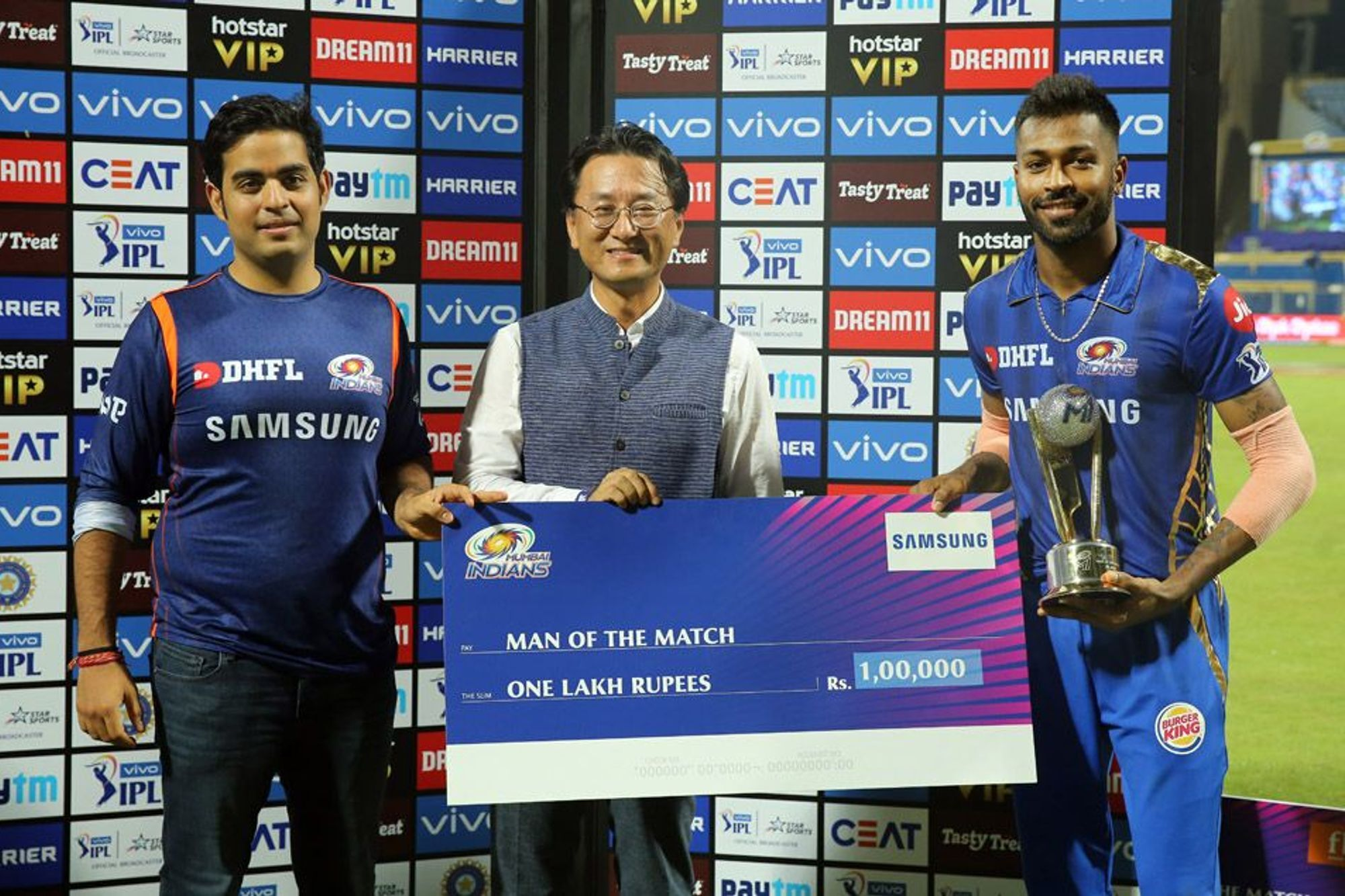 IPL 2019: धोनी, विराट और रैना नहीं बल्कि इस युवा भारतीय खिलाड़ी के सबसे बड़े फैन हैं चेन्नई सुपर किंग्स के कोच स्टीफन फ्लेमिंग 3