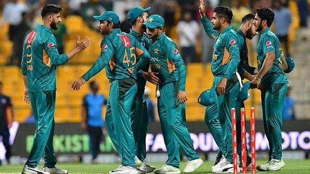 विश्व कप से ठीक पहले पाकिस्तान को लगा बड़ा झटका, ये खिलाड़ी हुआ 4 हफ्तों के लिए टीम से बाहर 35