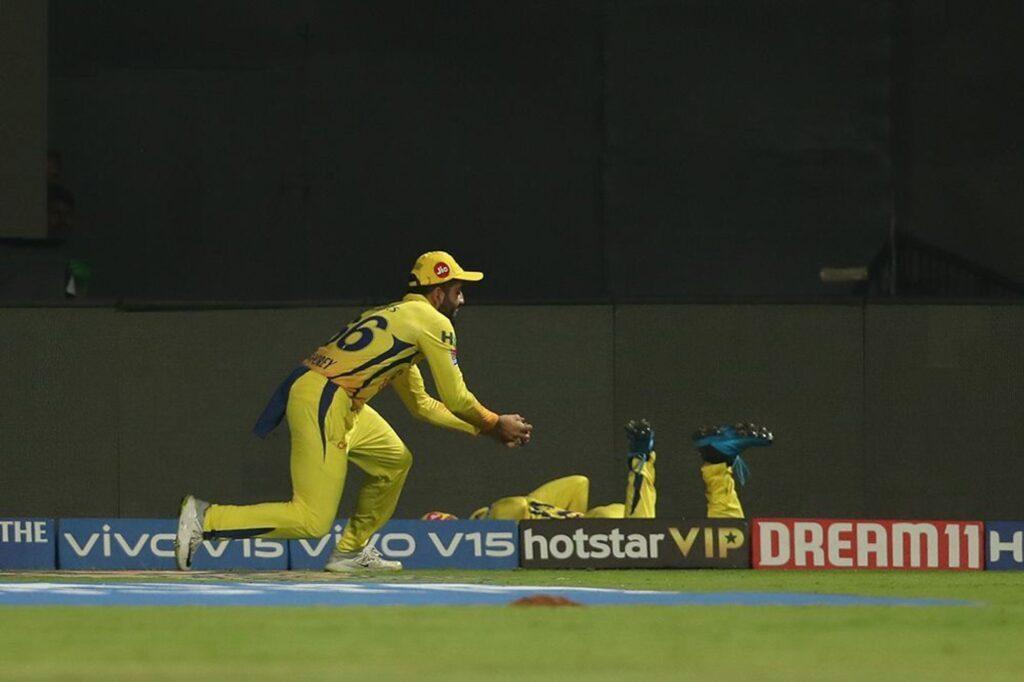 आईपीएल 2019: मैच खेले बिना लाखों कमा रहा चेन्नई सुपर किंग्स का यह युवा खिलाड़ी 2