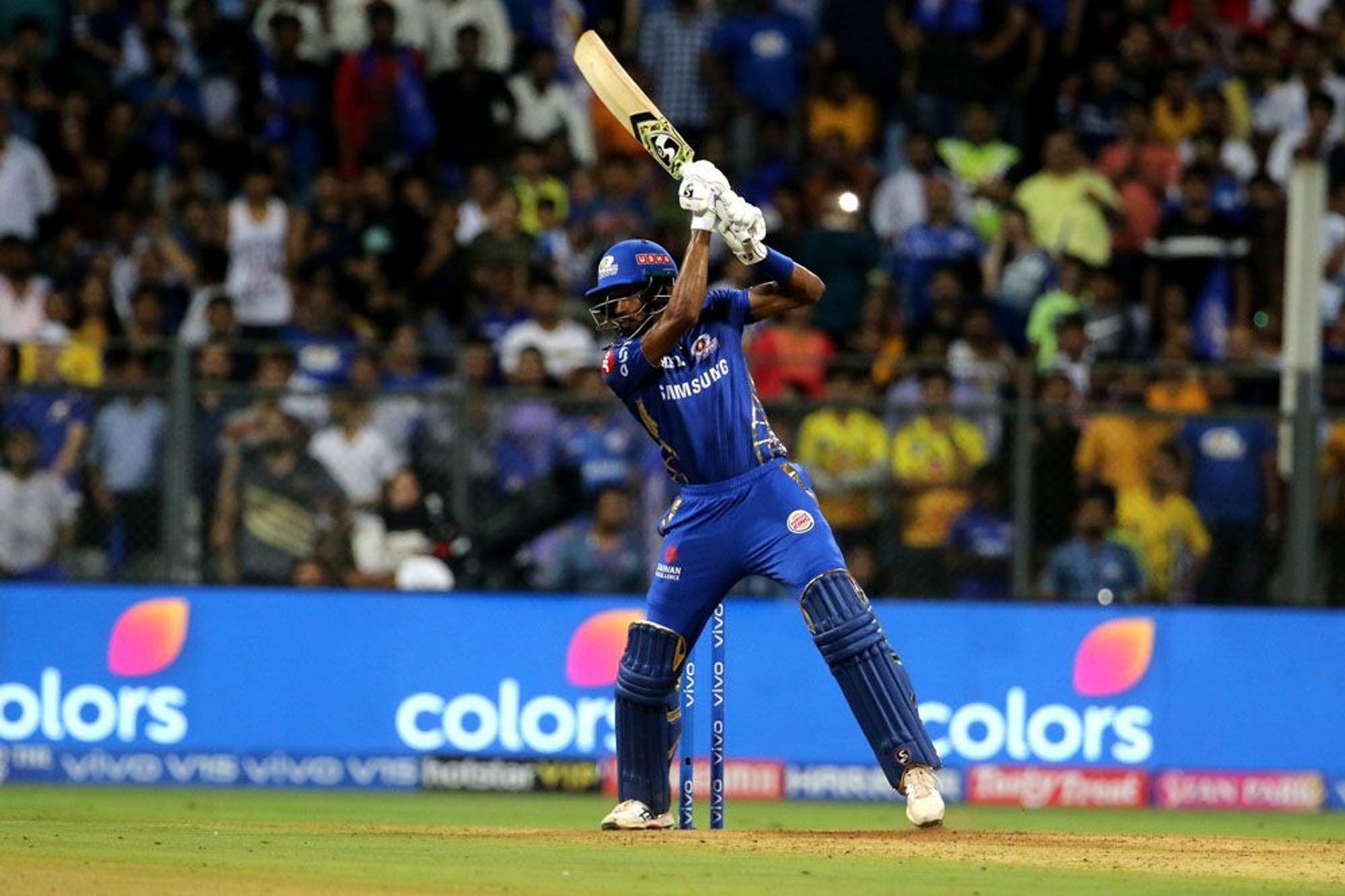 DC vs MI: मुंबई इंडियंस ने बनाए 168 रन ट्विटर पर छाए पांड्या ब्रदर्स