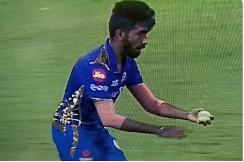IPL 2019: बुरी खबर: जसप्रीत बुमराह फिर हुए चोटिल, विश्वकप में खेलने पर संदेह, बीसीसीआई हुई परेशान! 29