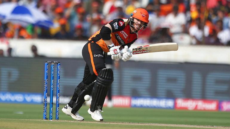 विश्व का एकलौता बल्लेबाज जिसने आईपीएल के लगातार 5 सीजन में हर बार बनाया 500 से ज्यादा रन 3