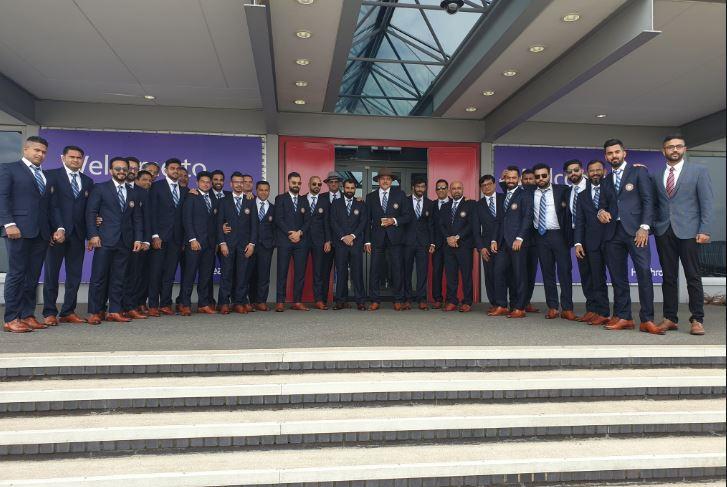 PHOTOS: विश्व कप 2019: भारतीय टीम पहुंची इंग्लैंड, देखें टीम इंडिया के खिलाड़ियों की तस्वीरें