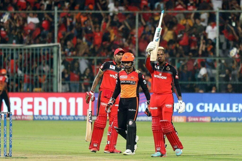 आईपीएल 2019: 54 मैच के बाद भी नहीं हो सका चौथी प्लेऑफ टीम का फैसला, ऑरेंज और पर्पल कैप पर अब ये खिलाड़ी कर सकते हैं कब्ज़ा 1