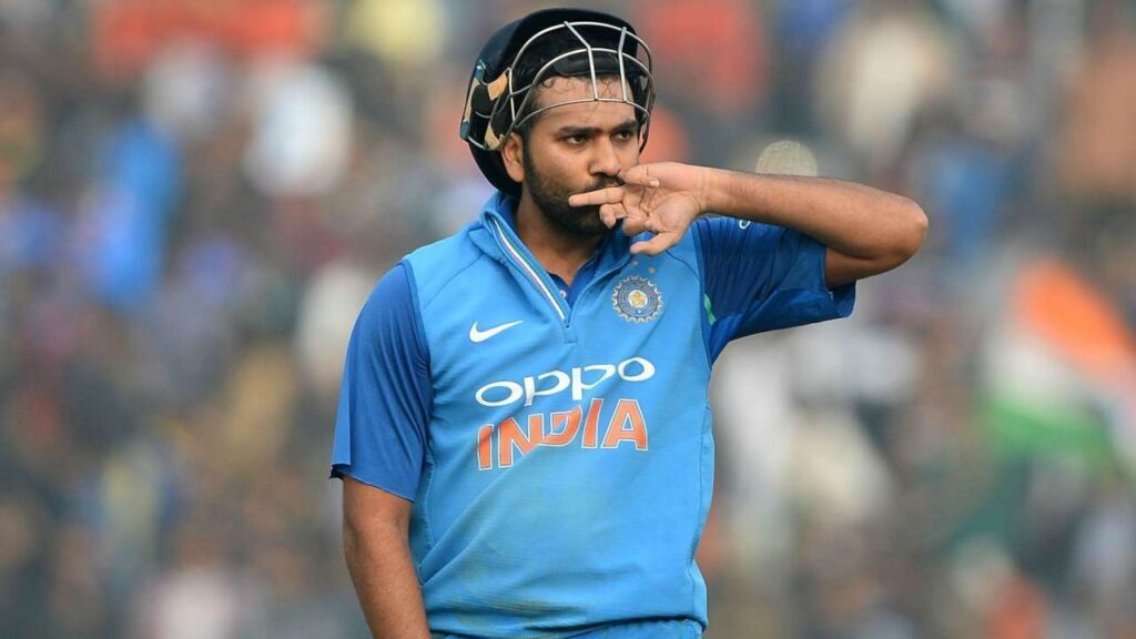 INDvsENG :  रोहित शर्मा ने शतकीय पारी के साथ तोड़ा महेंद्र सिंह धोनी का विश्व रिकॉर्ड 1