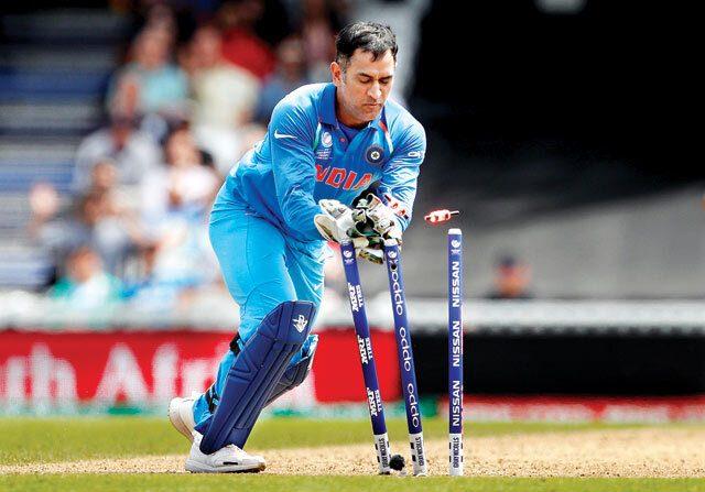 WATCH : 14.1 ओवर में जोस बटलर ने बताया, आखिर क्यों माना जाता हैं उन्हें वर्तमान में धोनी से अच्छा विकेटकीपर बल्लेबाज 2