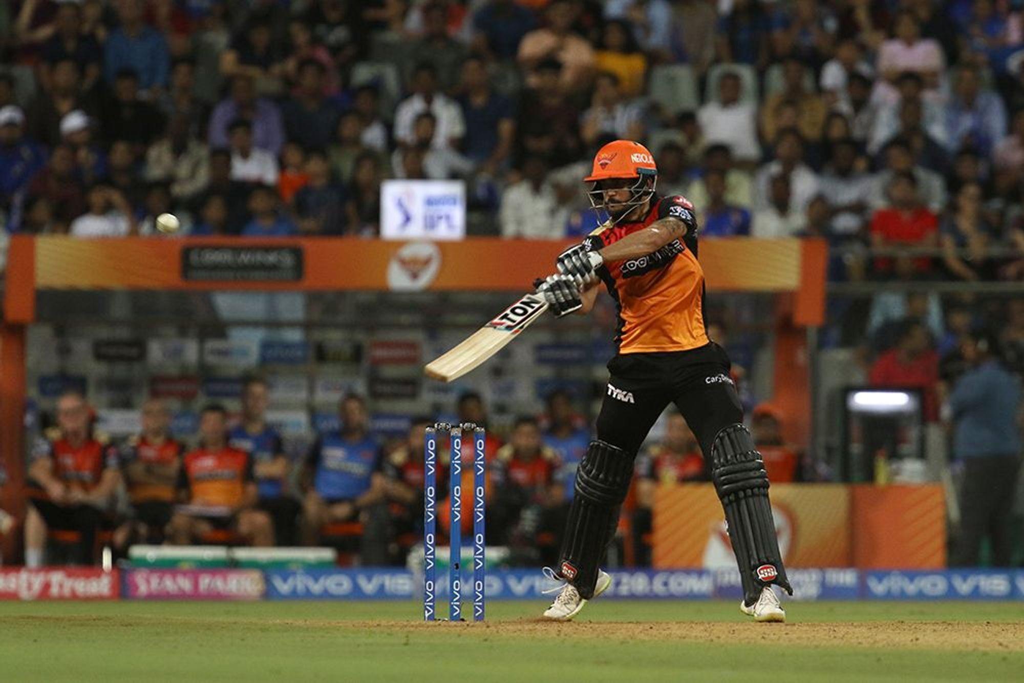 मुंबई से मिली हार के बाद हैदराबाद की टीम के इस खिलाड़ी की तारीफों के पुल बांधते हुए नजर आये नबी, बुमराह को लेकर भी दिया बड़ा बयान 3