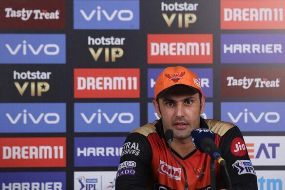 मुंबई से मिली हार के बाद हैदराबाद की टीम के इस खिलाड़ी की तारीफों के पुल बांधते हुए नजर आये नबी, बुमराह को लेकर भी दिया बड़ा बयान 51