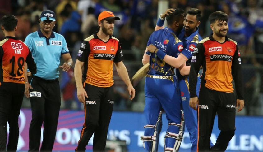 आईपीएल 2019: मुंबई इंडियन्स के खिलाफ मिली हार के बाद भी हैदराबाद की टीम के इन दो खिलाड़ियों की तारीफों के पुल बांधते नजर आये वीवीएस लक्ष्मण