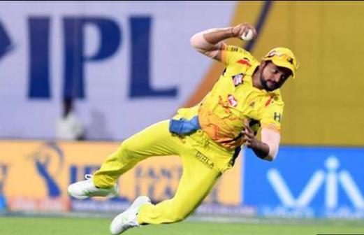 IPL 2019: रोहित-कोहली जैसे दिग्गज रह गये असफल, ऐसा करने वाले पहले और एकलौते खिलाड़ी बने सुरेश रैना 3