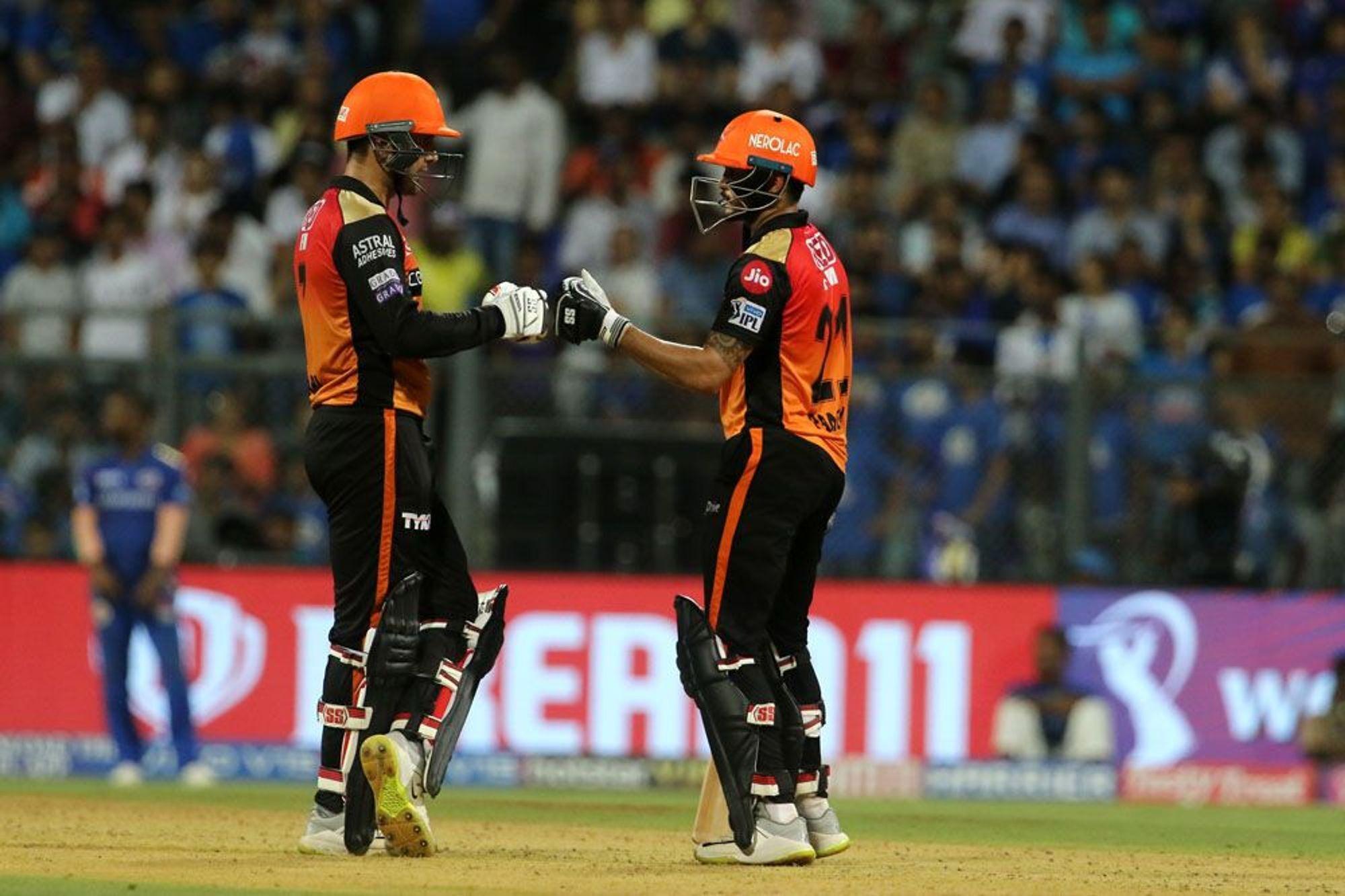 मुंबई से मिली हार के बाद हैदराबाद की टीम के इस खिलाड़ी की तारीफों के पुल बांधते हुए नजर आये नबी, बुमराह को लेकर भी दिया बड़ा बयान 1