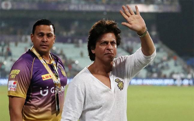 आईपीएल 2019: शुभमन गिल के पिता का भांगड़ा देख शाहरुख खान भी हुए खुश, गिल परिवार को सोशल मीडिया पर दिया खास सन्देश 3