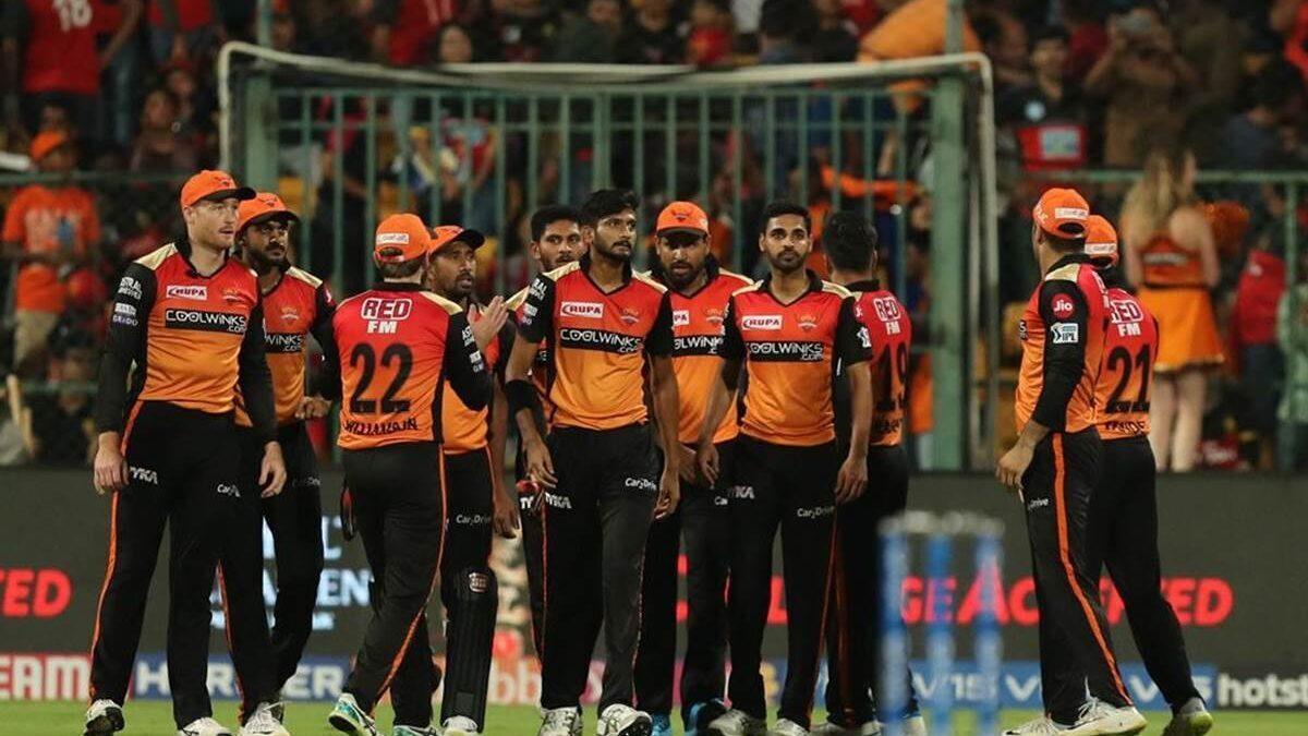 आईपीएल 2019: DC vs SRH: दिल्ली के खिलाफ करो या मरो की जंग जीतने के लिए इन XI खिलाड़ियों के साथ मैदान पर उतर सकती हैं हैदराबाद की टीम
