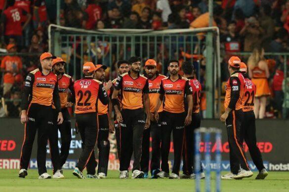 आईपीएल 2019: DC vs SRH: दिल्ली के खिलाफ करो या मरो की जंग जीतने के लिए इन XI खिलाड़ियों के साथ मैदान पर उतर सकती हैं हैदराबाद की टीम 12