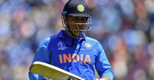 CWC 2019-  महेन्द्र सिंह धोनी की धीमी बल्लेबाजी पर अब सचिन के बाद इस दिग्गज भारतीय ने उठाए सवाल, कहा किसी दिन उन्हें होगा इसका पछतावा 33