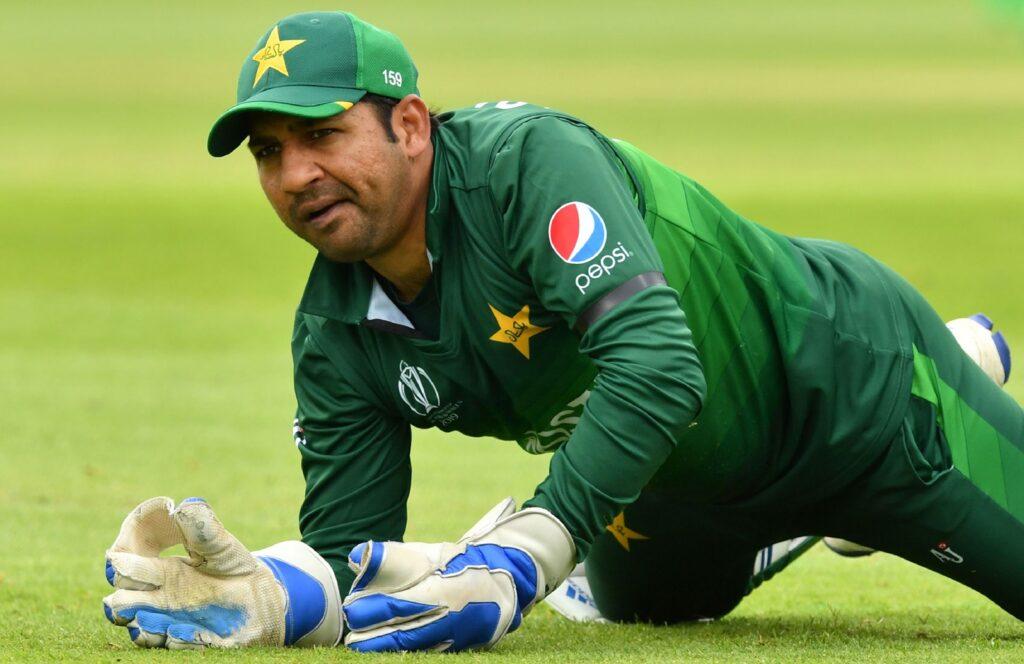 INDvsPAK: पाकिस्तानी टीम से बाहर चल रहे इस खिलाड़ी ने बनाया साथी खिलाड़ियों के फिटनेस का मजाक 1