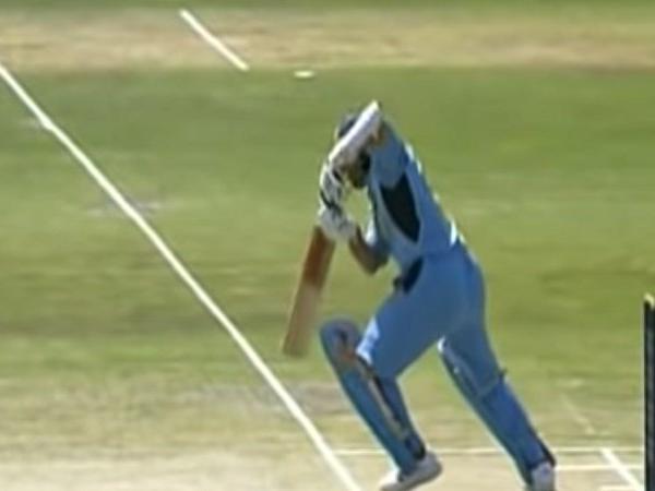 सचिन तेंदुलकर को 2003 विश्व कप मे अंडरवियर मे नैपकिन लगाकर खेलना पड़ा था मैच,अब खोला राज