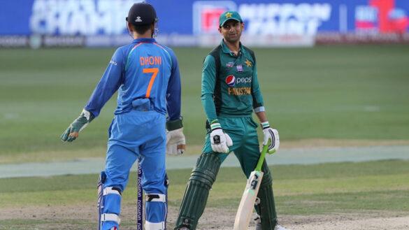 क्या शोएब मलिक ने खेल लिया अपना अंतिम वनडे मैच? 12