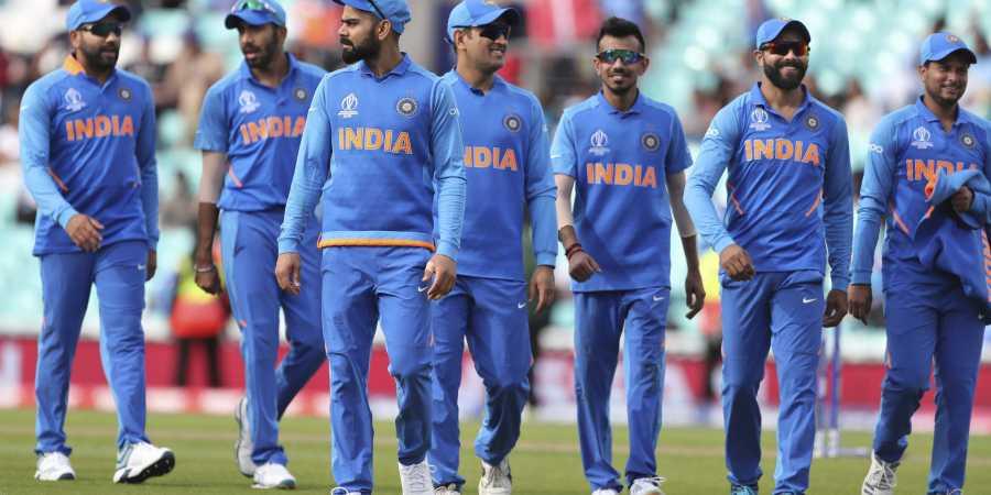 वीडियो : न्यूज़ीलैंड के खिलाफ जीत के बाद भारत और पाकिस्तान के प्रशंसक ने साथ में भांगड़ा कर मनाया जीत का जश्न 3