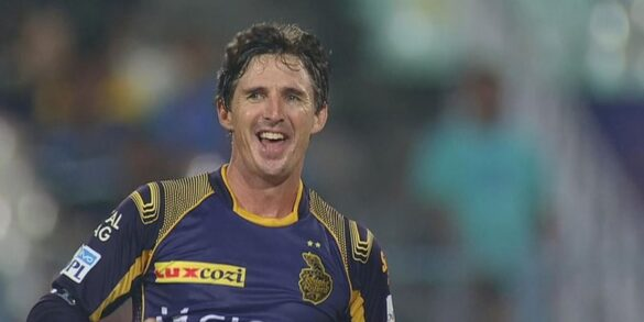 विराट कोहली और एबी डिविलियर्स में से ब्रैड हॉग ने इसे बताया आरसीबी का सर्वश्रेष्ठ बल्लेबाज 6