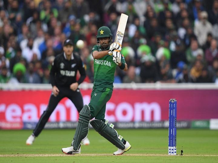 वीडियो : न्यूज़ीलैंड के खिलाफ जीत के बाद भारत और पाकिस्तान के प्रशंसक ने साथ में भांगड़ा कर मनाया जीत का जश्न 2