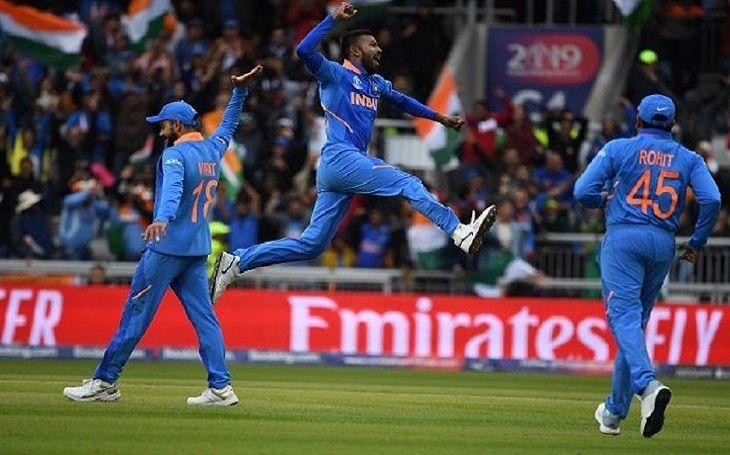 विश्व कप सेमीफाइनल में हारने के बाद भी इन 4 खिलाड़ियों ने जीत लिया क्रिकेट प्रेमियों का दिल 1
