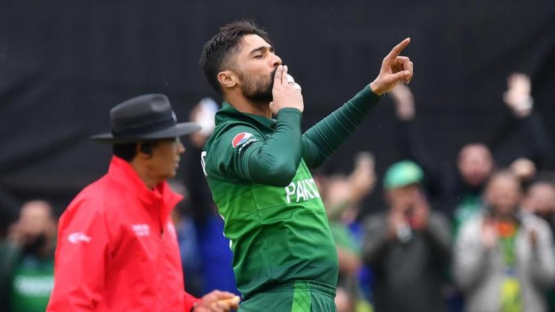 पाकिस्तान की हार के बाद गलत शब्द का प्रयोग कर रहे प्रशंसको से मोहम्मद आमिर ने शांत रहने का किया अपील