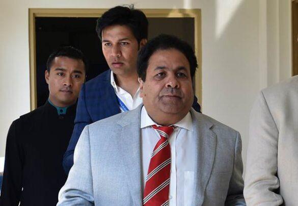 महेंद्र सिंह धोनी में अभी बहुत क्रिकेट बाकी है: आईपीएल चेयरमैन 24