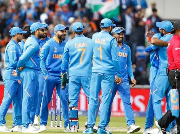 """""""भारतीय टीम सत्तर के दशक की वेस्टइंडीज टीम जैसी, पहले से दबाव में विपक्षी"""" 9"""