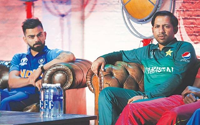 WORLD CUP 2019: IND vs PAK:  भारत-पाकिस्तान मैच से पहले आई बुरी खबर, बारिश की वजह से रद्द हो सकता है मैच