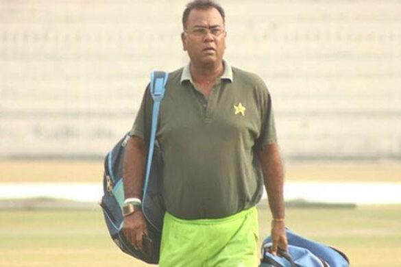 पाकिस्तान के पूर्व खिलाड़ी बासित अली ने भारतीय टीम पर लगाया मैच फिक्सिंग का आरोप 24