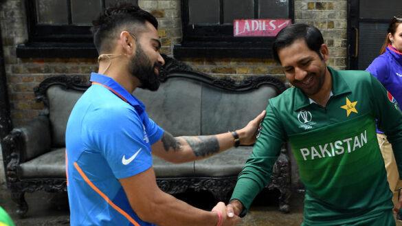 WORLD CUP 2019: IND vs PAK: भारत-पाकिस्तान के मैच में बन सकते हैं यह अहम रिकार्ड्स, कोहली, रोहित, धोनी रचेगे इतिहास 17