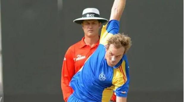 विश्व कप के बीच नस्लभेदी टिप्पणी की वजह से आईसीसी ने लगाया इस खिलाड़ी पर 4 मैच का प्रतिबंध