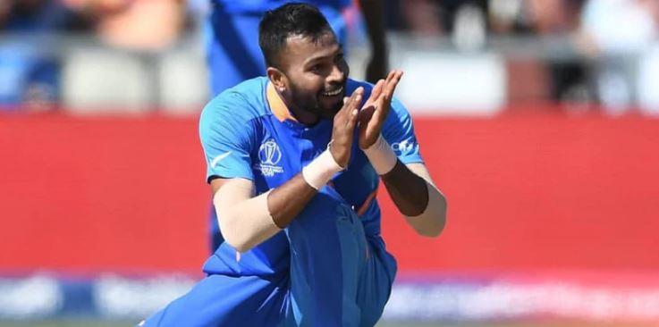 World Cup 2019: अब्दुल रज्जाक के हार्दिक पांड्या को ट्रेनिंग देने वाले ऑफर पर आकाश चोपड़ा ने किया पलटवार