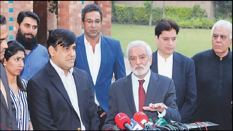 WORLD CUP 2019: भारत से हार के बाद मोहसिन खान ने पाकिस्तान क्रिकेट समिति के अध्यक्ष पद से दिया इस्तीफा