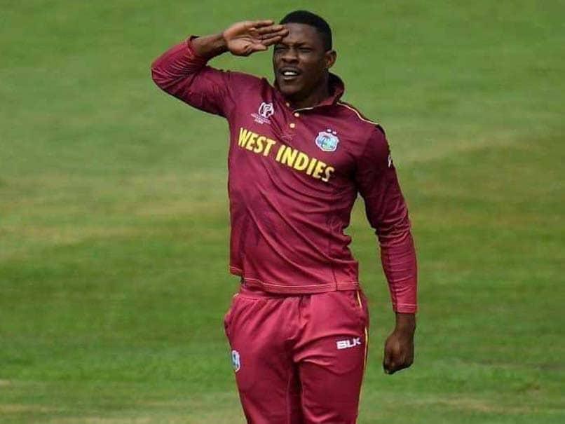 वेस्टइंडीज के तेज गेंदबाज शेल्डन कॉटरेल ने भारतीयों को हिंदी में ऐसे दी दिवाली की शुभकामनाएं 2