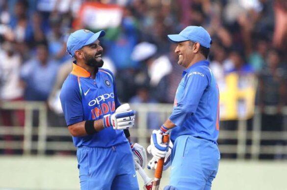 विराट कोहली ने महेंद्र सिंह धोनी की धीमी बल्लेबाजी पर हो रही आलोचना पर तोड़ी चुप्पी 43