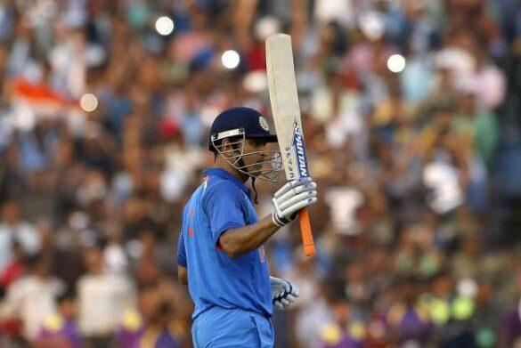 भारतीय टीम के पूर्व कप्तान महेंद्र सिंह धोनी के तारीफ में दिग्गज खिलाड़ियों द्वारा दिए गये 10 बड़े बयान 34