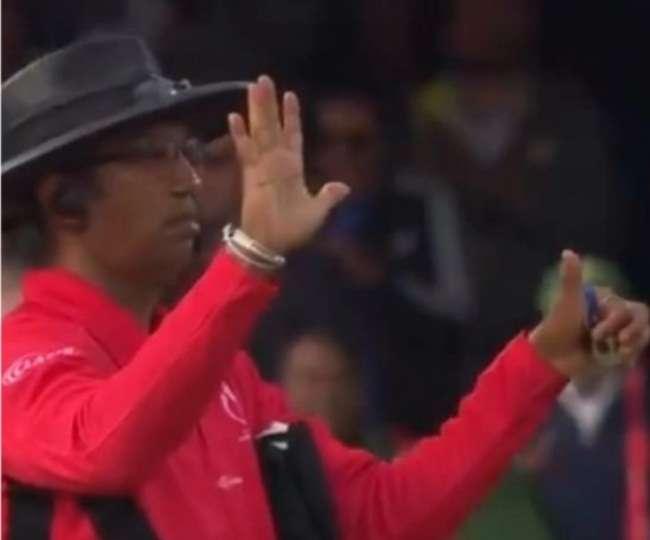 """वर्ल्ड कप फाइनल मैच में 6 रन वाले गलत फैसले पर पहली बार बोले धर्मसेना, कहा- """"मुझे नहीं है अफसोस"""" 2"""